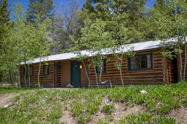 Our rustic but quaint two bedroom log cabin at Colter Bay Village is affordable comfortable and spacious. The two room cabin has two double beds in each ... & Grand Teton Lodge Company